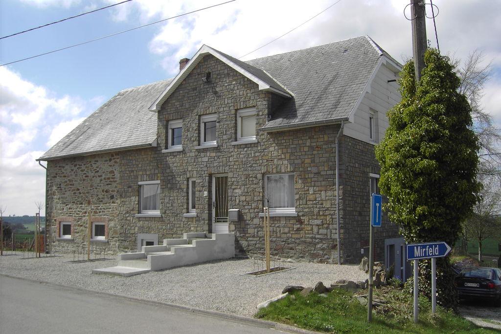 Groepswoning bestaande uit drie appartementen, daardoor privacy én gezelligheid - Boerderijvakanties.nl
