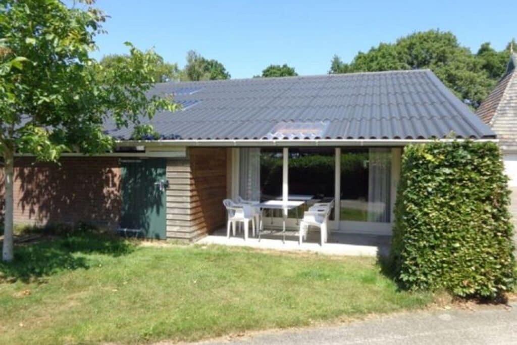Kindvriendelijk appartement op een boerderij met tuin in Fochteloo - Boerderijvakanties.nl