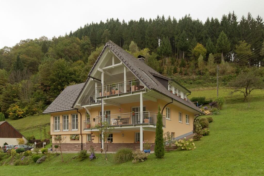 Mooi appartement in het hart van het Zwarte Woud met eigen balkon - Boerderijvakanties.nl