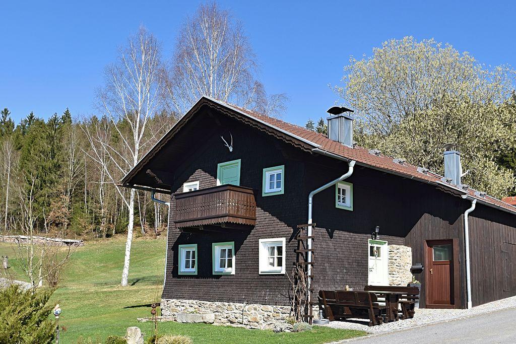 Vrijstaande en comfortabele vakantiewoning in het Beierse Woud - Boerderijvakanties.nl
