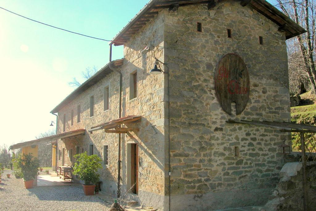 Authentiek huis op het Toscaanse platteland tussen Pistoia en Lucca - Boerderijvakanties.nl