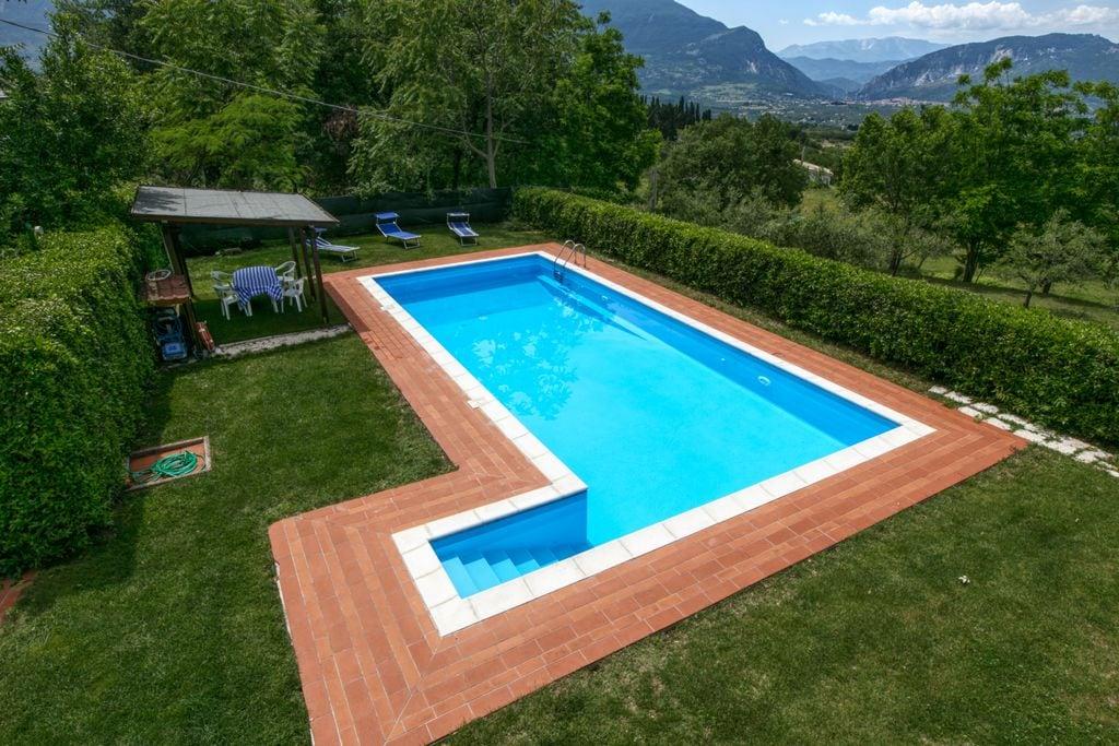Bijzondere villa in San Valentino met zwembad - Boerderijvakanties.nl