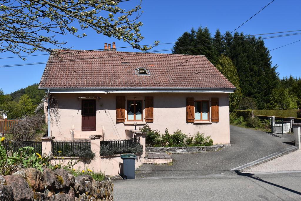 Ruim vakantiehuis in Celles-sur-Plaine met een sauna - Boerderijvakanties.nl
