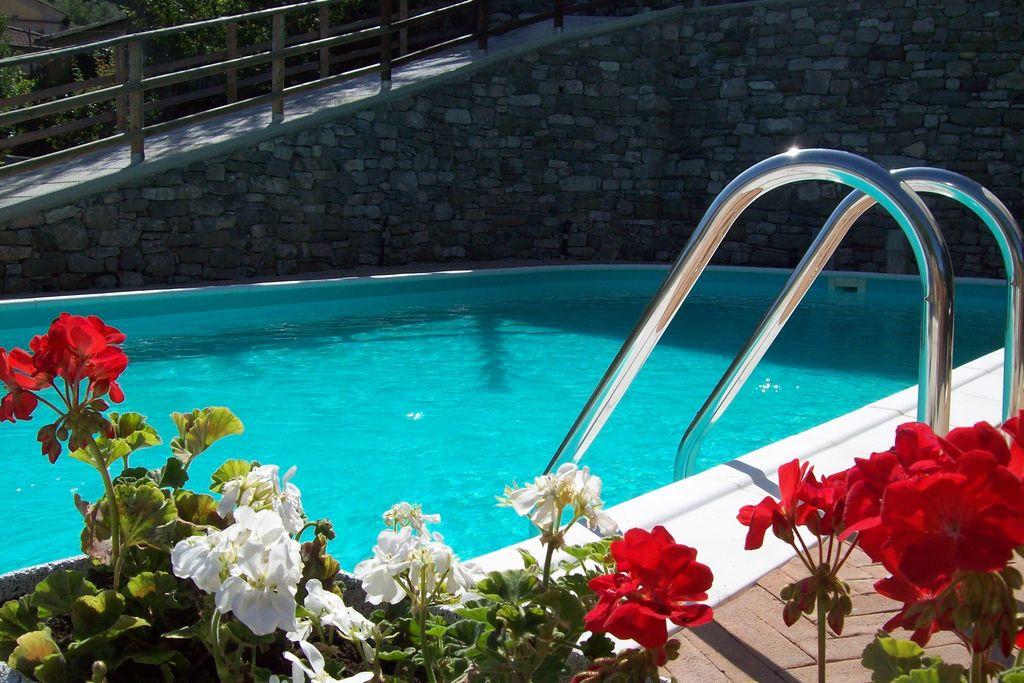 Mooie vakantiewoning in Argigliano met zwembad - Boerderijvakanties.nl