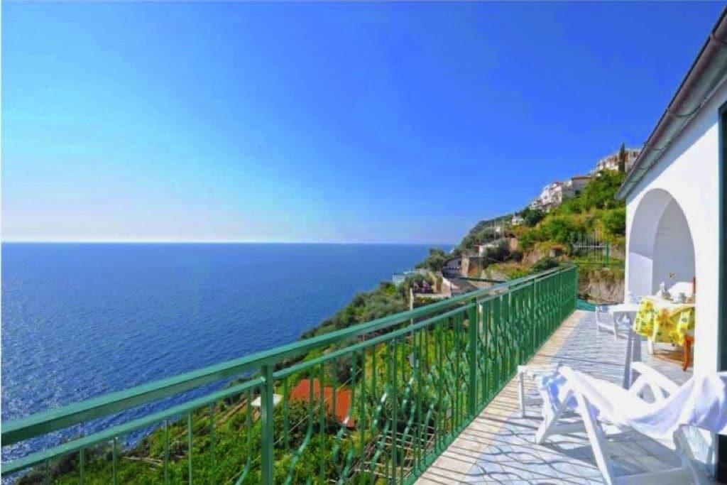 Vakantiewoning huren in Praiano -   met wifi  voor 4 personen  Oasi Blu is een fantastisch appart..