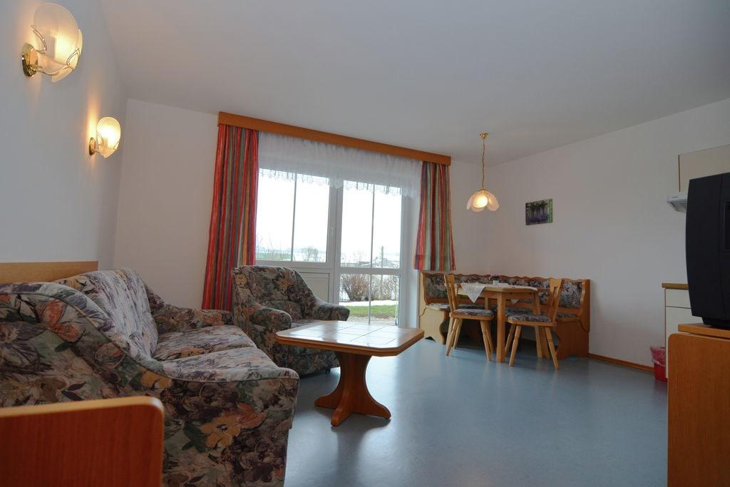 Mooi appartement in Nederbeieren met een tuin en terras - Boerderijvakanties.nl