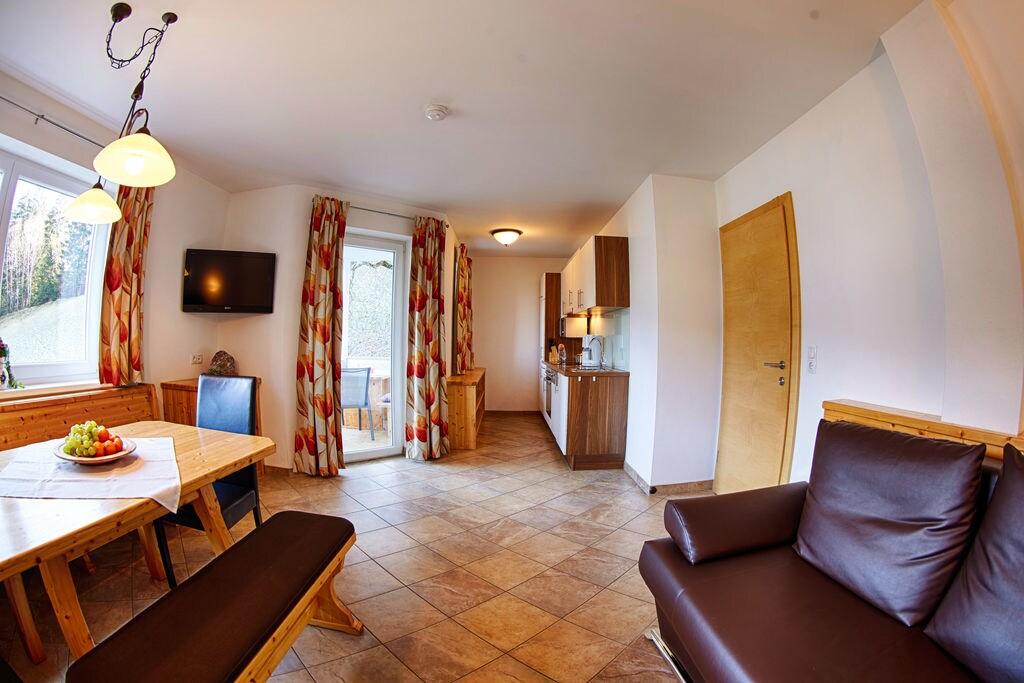 Ruim appartement in Fugen dicht bij het skigebied - Boerderijvakanties.nl