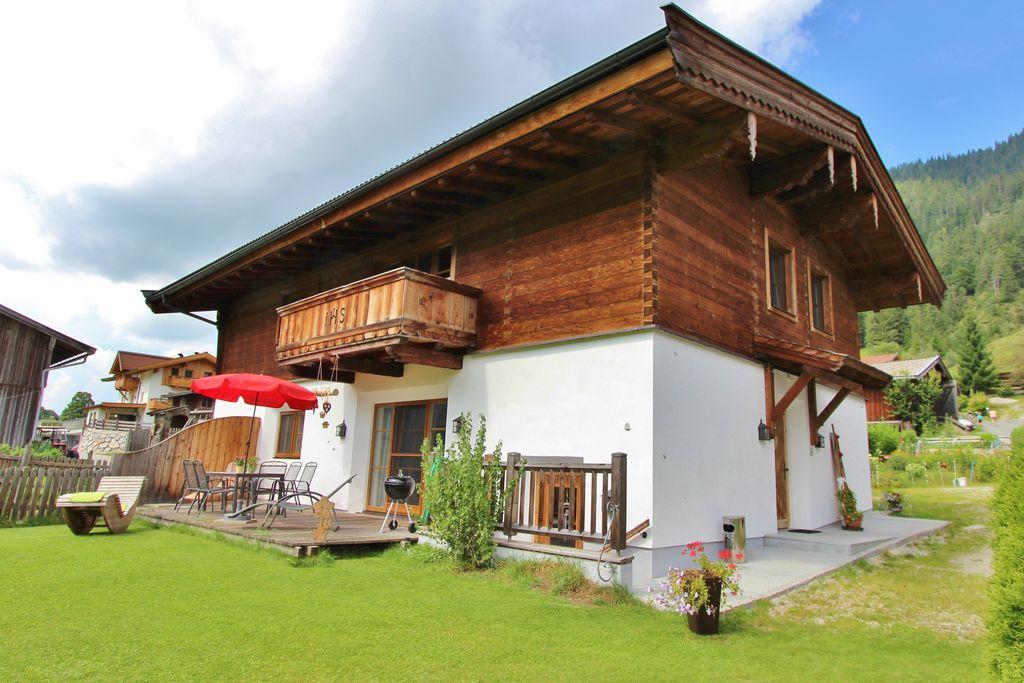 Ruim vakantiehuis in Salzburgerland met gedeelde welness - Boerderijvakanties.nl