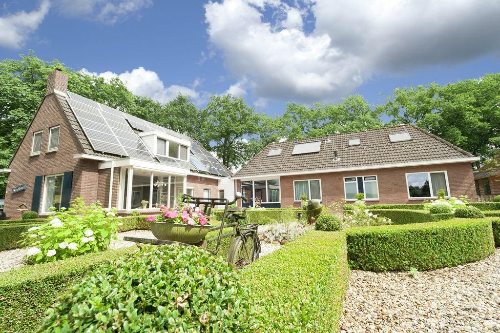 Prachtige villa in bosrijke omgeving in Exloo - Boerderijvakanties.nl