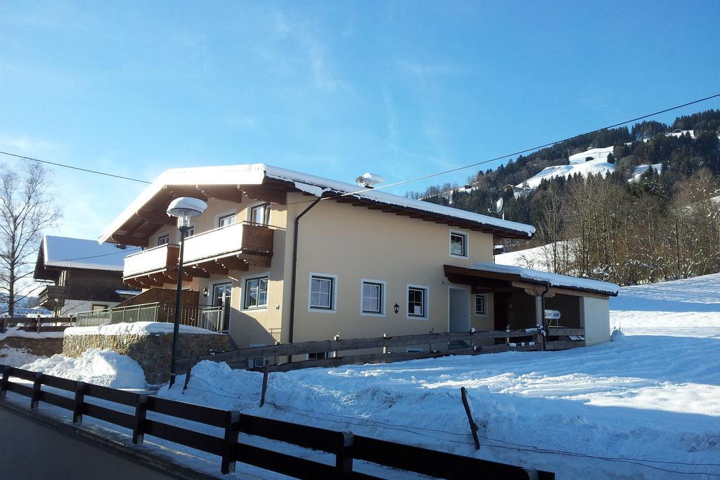 Luxe vakantiehuis in Tirol met twee nabijgelegen skigebieden - Boerderijvakanties.nl