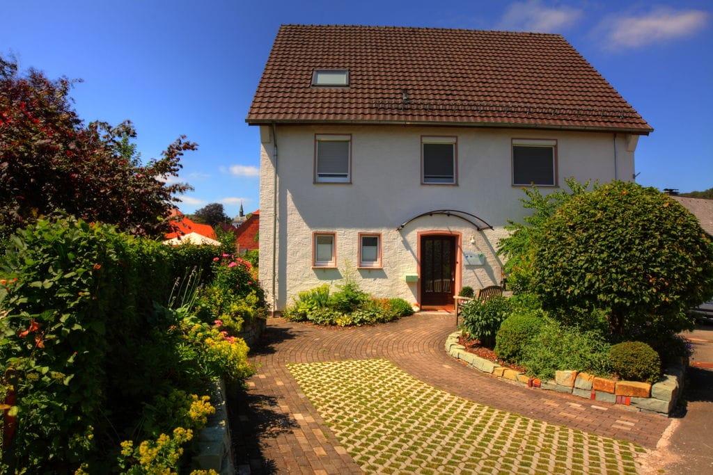 Groot appartement met terras, tuin en buitensauna in het Teutoburger Woud - Boerderijvakanties.nl