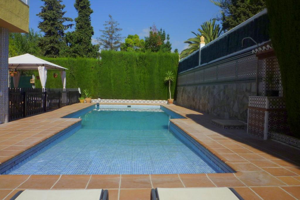 Sfeervol vakantiehuis in El Puntal met privézwembad en tuin - Boerderijvakanties.nl