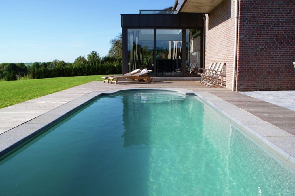 Luxe boerderij in Froidthier met fitnessruimte en zwembad - Boerderijvakanties.nl