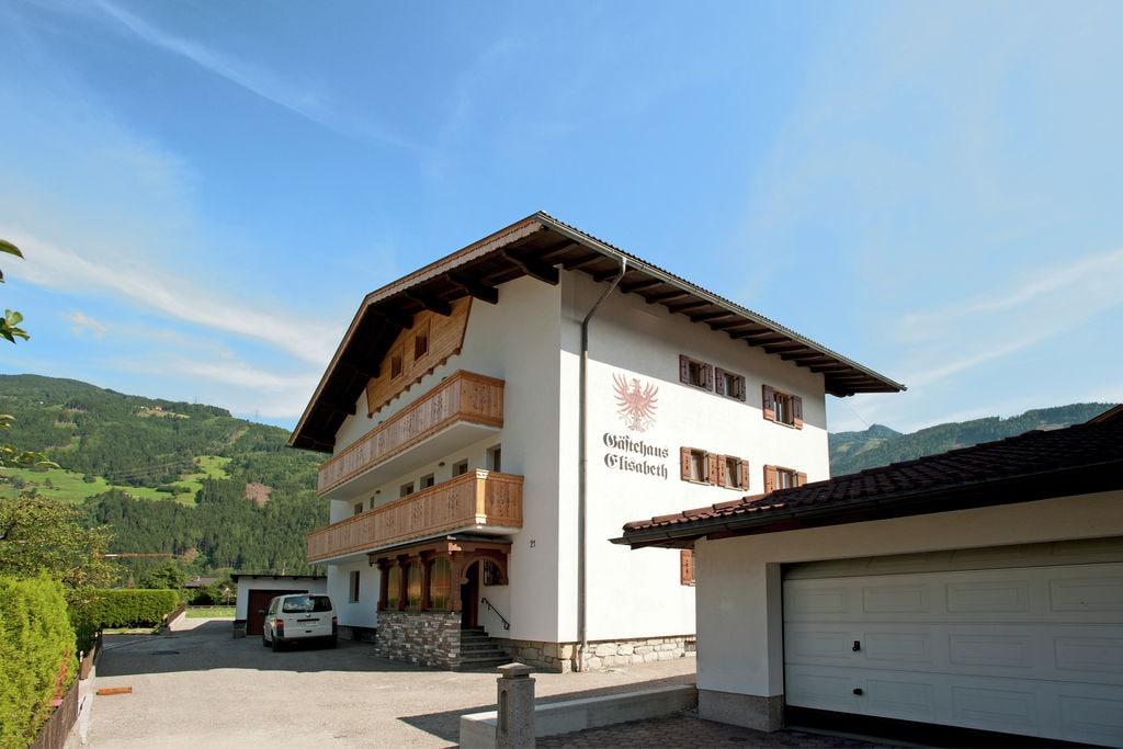 Ruim vakantiehuis in Zell am Ziller in het skigebied - Boerderijvakanties.nl