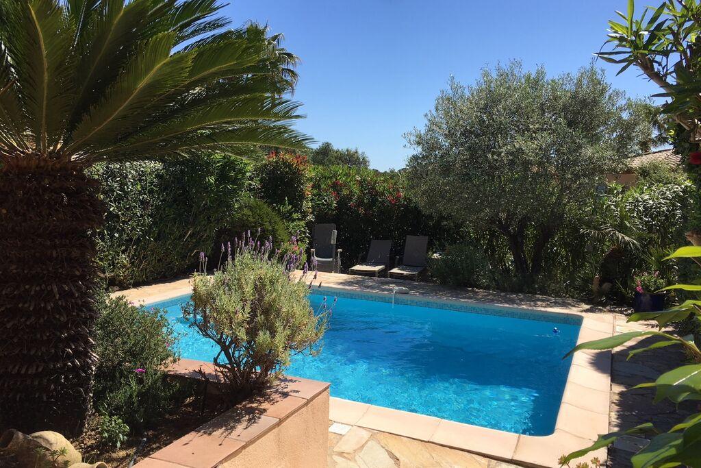 Mooie villa met privé-zwembad, heerlijke terrassen, privacy en nabij St. Tropez - Boerderijvakanties.nl