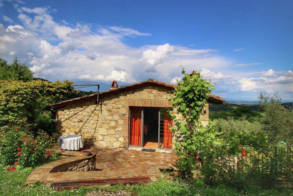 Rustieke villa met privé zwembad en adembenemend uitzicht, dichtbij Montepulciano - Boerderijvakanties.nl