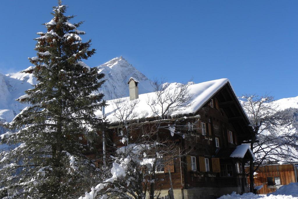 Vakantiewoning Zwitserland, Graubunden, Lüsai vakantiewoning CH-7534-01