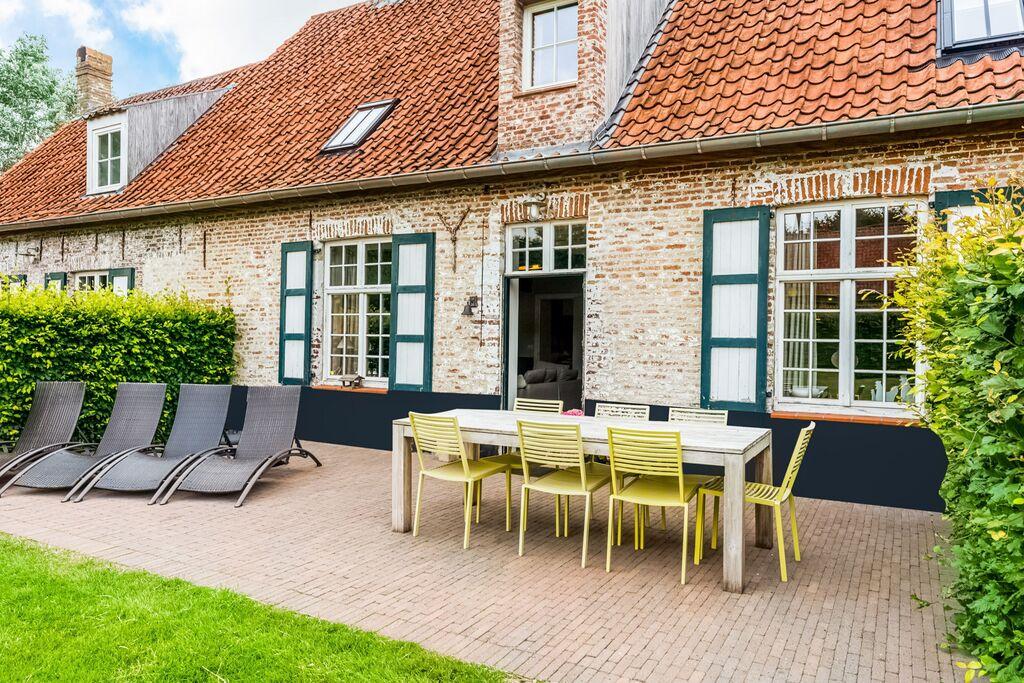 Authentiek hoevecomplex, midden in het polderlandschap nabij Damme - Boerderijvakanties.nl