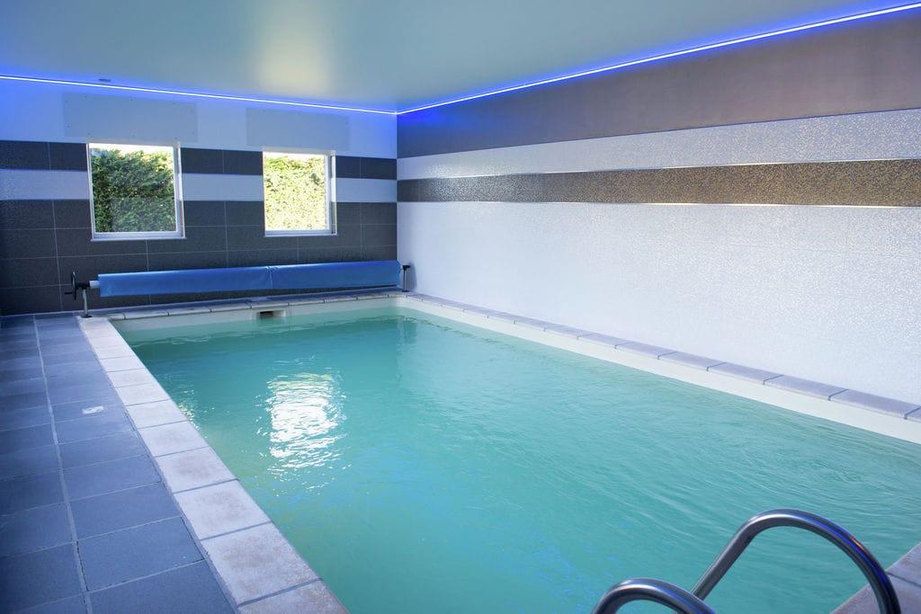 Warsage- Boerderij met zwembad  met wifi te huur