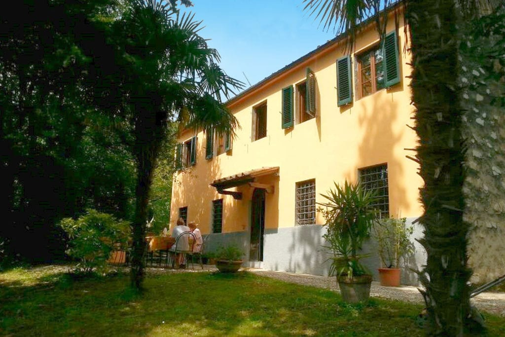 Vakantiewoningen Lucca te huur Lucca- IT-55058-02 met zwembad   te huur