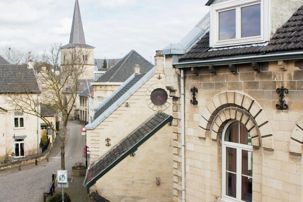 Vakantiewoning huren in Valkenburg -   met wifi  voor 8 personen  Beleef de mooiste manier om Zuid-L..