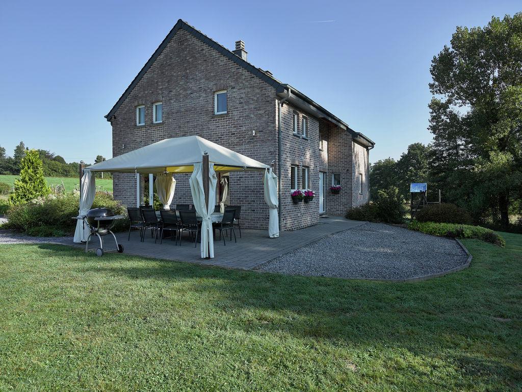 Ferienhaus Luxuriöse Villa in Stoumont mit Swimmingpool (1914162), Stoumont, Lüttich, Wallonien, Belgien, Bild 2