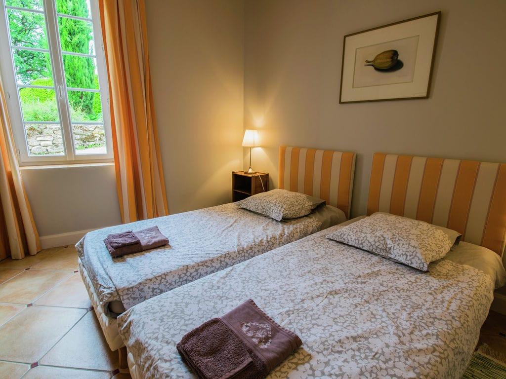 Maison de vacances Maison avec piscine privée dans les vignobles (1404549), Lussac, Gironde, Aquitaine, France, image 14
