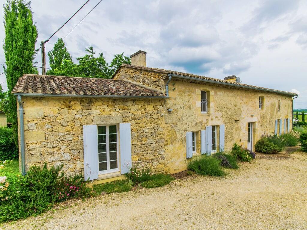 Maison de vacances Maison avec piscine privée dans les vignobles (1404549), Lussac, Gironde, Aquitaine, France, image 36