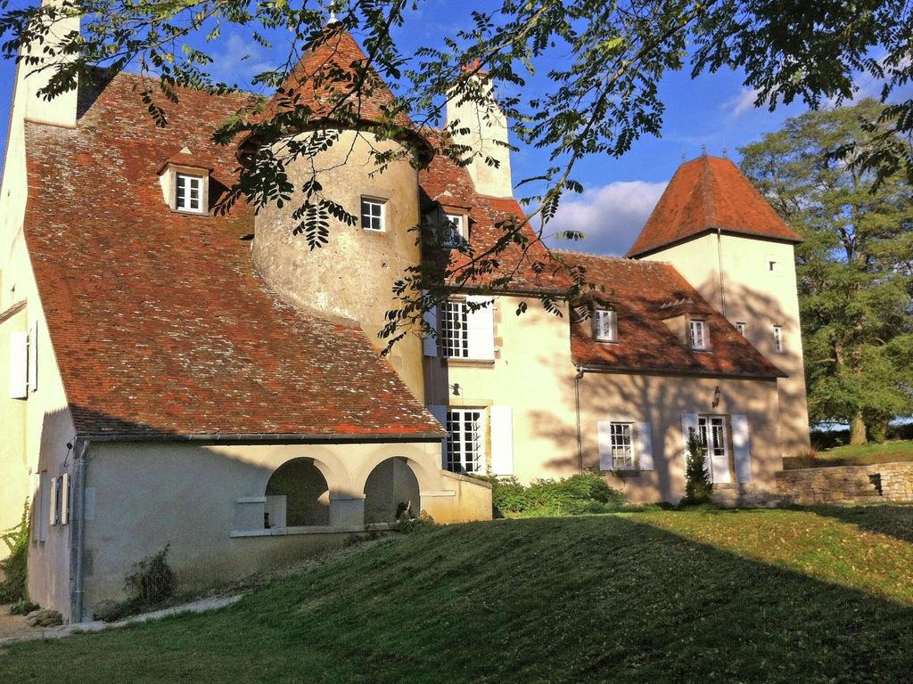 Ferienhaus Schönes Schloss am Fluss in Le Veurdre (1527280), Lurcy Lévis, Allier, Auvergne, Frankreich, Bild 2