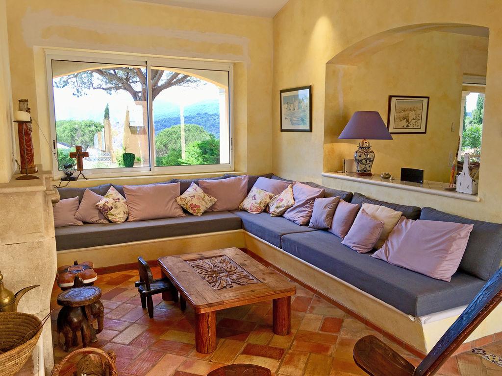 Ferienhaus Modernes Ferienhaus mit privatem Pool in La Croix-Valmer (1404554), La Croix Valmer, Côte d'Azur, Provence - Alpen - Côte d'Azur, Frankreich, Bild 2
