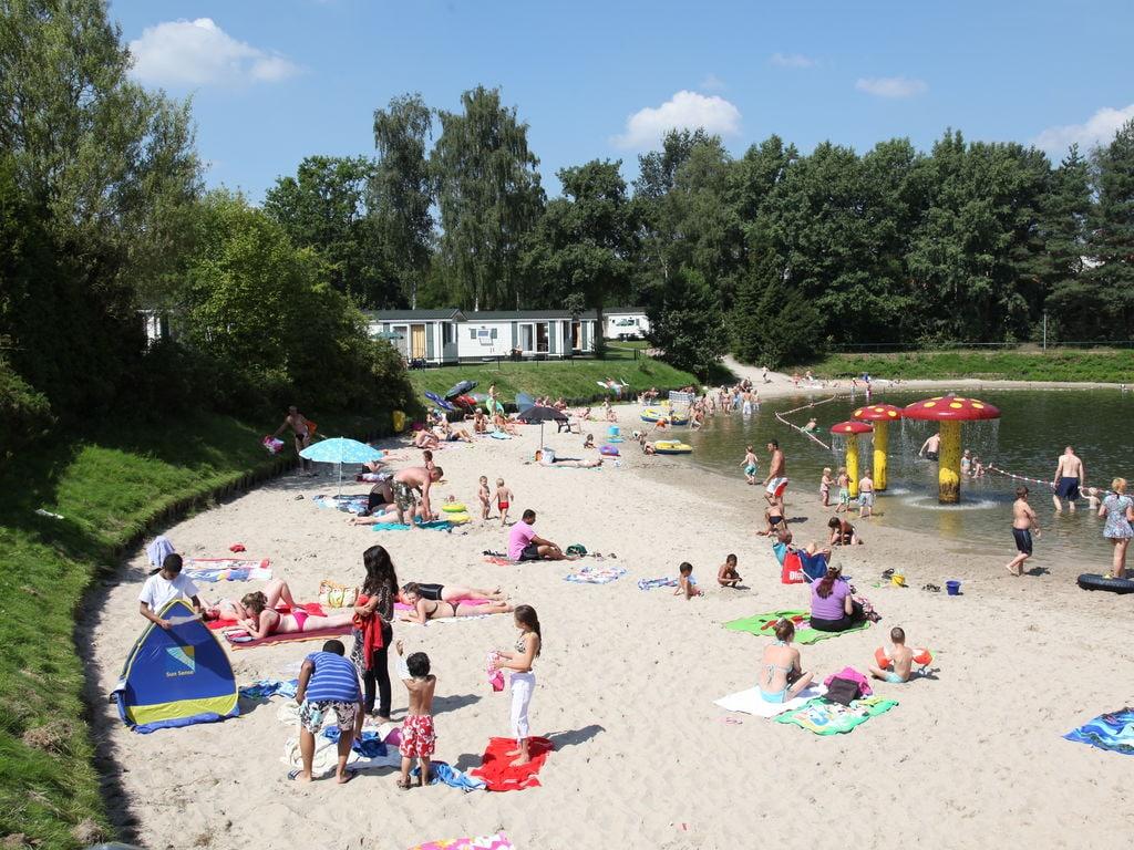 Ferienhaus Gemütliches Holzchalet mit Geschirrspüler in autofreier Zone (703259), Arcen, Noord-Limburg, Limburg (NL), Niederlande, Bild 19