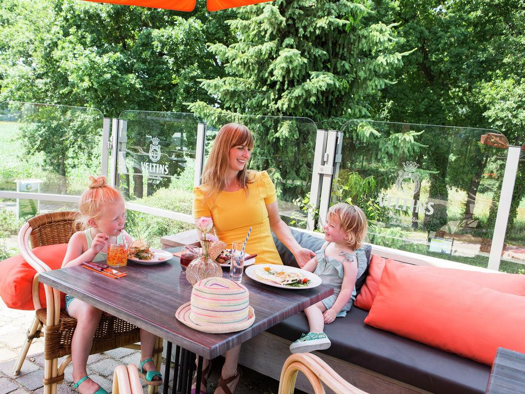 Ferienhaus Gemütliches Holzchalet mit Geschirrspüler in autofreier Zone (703259), Arcen, Noord-Limburg, Limburg (NL), Niederlande, Bild 16