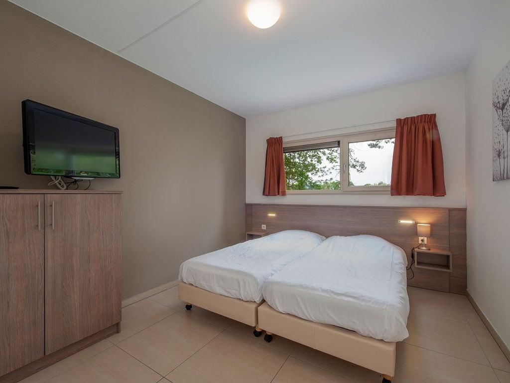 Ferienhaus Luxuriöse Villa mit Indoorpool und Sunshower (707233), Arcen, Noord-Limburg, Limburg (NL), Niederlande, Bild 6