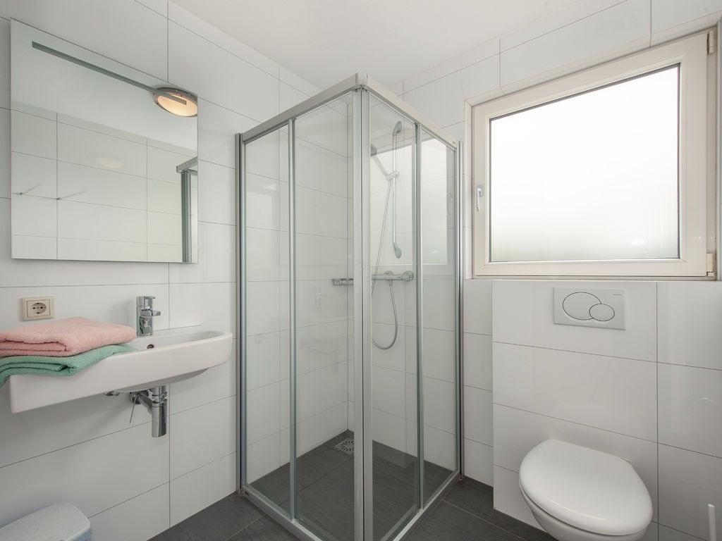 Ferienhaus Luxuriöse Villa mit Indoorpool und Sunshower (707233), Arcen, Noord-Limburg, Limburg (NL), Niederlande, Bild 7