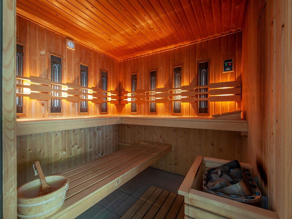 Ferienhaus Luxuriöse Villa mit Indoorpool und Sunshower (707233), Arcen, Noord-Limburg, Limburg (NL), Niederlande, Bild 10