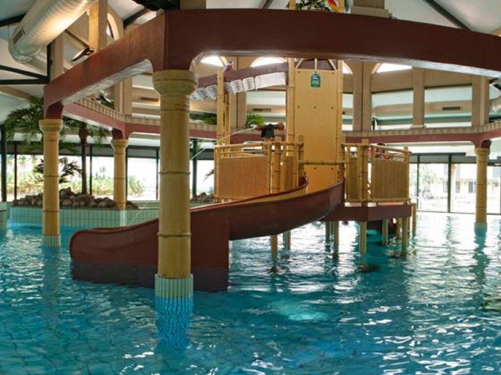 Ferienhaus Luxuriöse Villa mit Indoorpool und Sunshower (707233), Arcen, Noord-Limburg, Limburg (NL), Niederlande, Bild 18