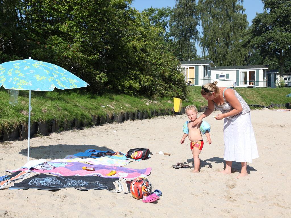 Ferienhaus Luxuriöse Villa im Grünen mit Wagen und Whirlpool (707209), Arcen, Noord-Limburg, Limburg (NL), Niederlande, Bild 16