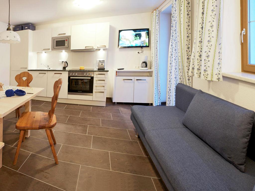 Ferienwohnung Geräumige Wohnung in Fendels inmitten von Bergen (761370), Fendels, Tiroler Oberland, Tirol, Österreich, Bild 2