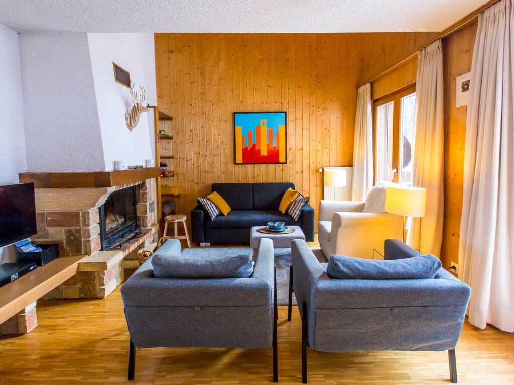 Ferienwohnung Gemütliches Appartement mit Balkon in La Tzoumaz (863469), Mayens-de-Riddes, 4 Vallées, Wallis, Schweiz, Bild 2