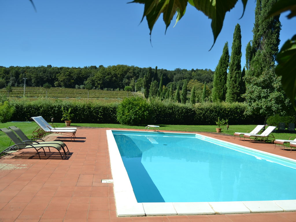 Modernes Apartment in San Giusto, Italien mit Pool Besondere Immobilie