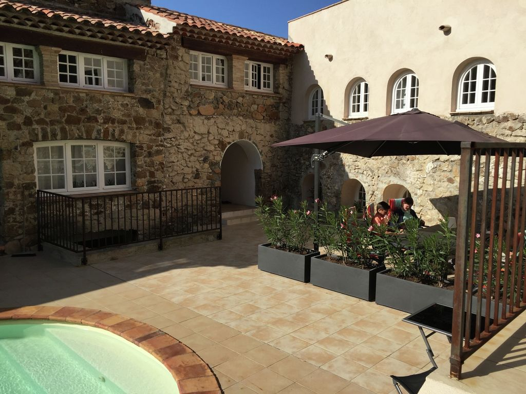 Ferienhaus Denkmalgeschütztes Ferienhaus in Le Plan-de-la-Tour mit Pool (968764), Sainte Maxime, Côte d'Azur, Provence - Alpen - Côte d'Azur, Frankreich, Bild 10