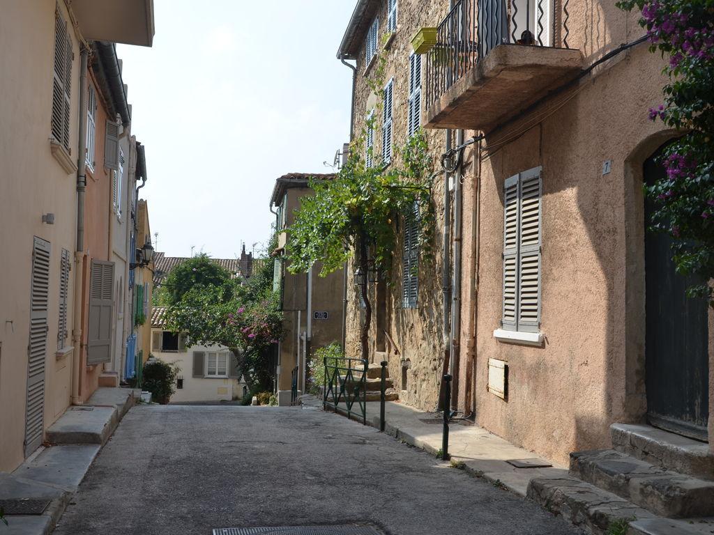 Ferienhaus Modernes Haus mit Terrasse, nahe dem beliebten St. Maxime (981964), Sainte Maxime, Côte d'Azur, Provence - Alpen - Côte d'Azur, Frankreich, Bild 32