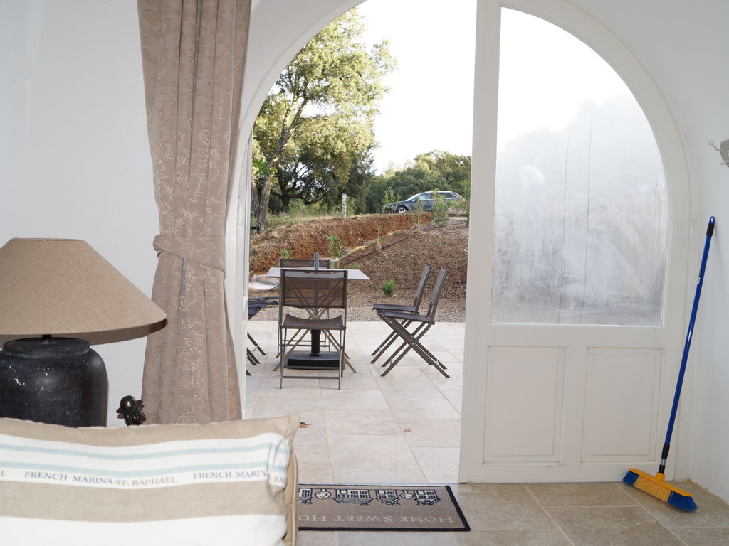 Ferienhaus Modernes Haus mit Terrasse, nahe dem beliebten St. Maxime (981964), Sainte Maxime, Côte d'Azur, Provence - Alpen - Côte d'Azur, Frankreich, Bild 20