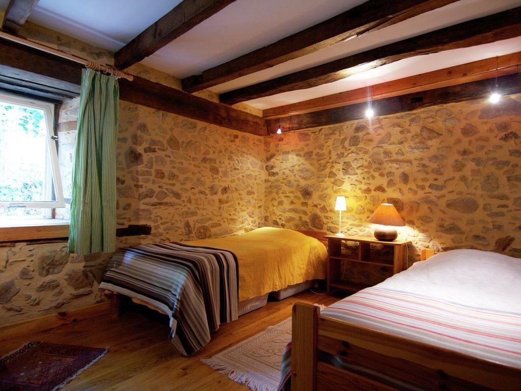 Ferienhaus Malerisches Ferienhaus in Juillac mit privatem Garten (1082951), Juillac, Corrèze, Limousin, Frankreich, Bild 6