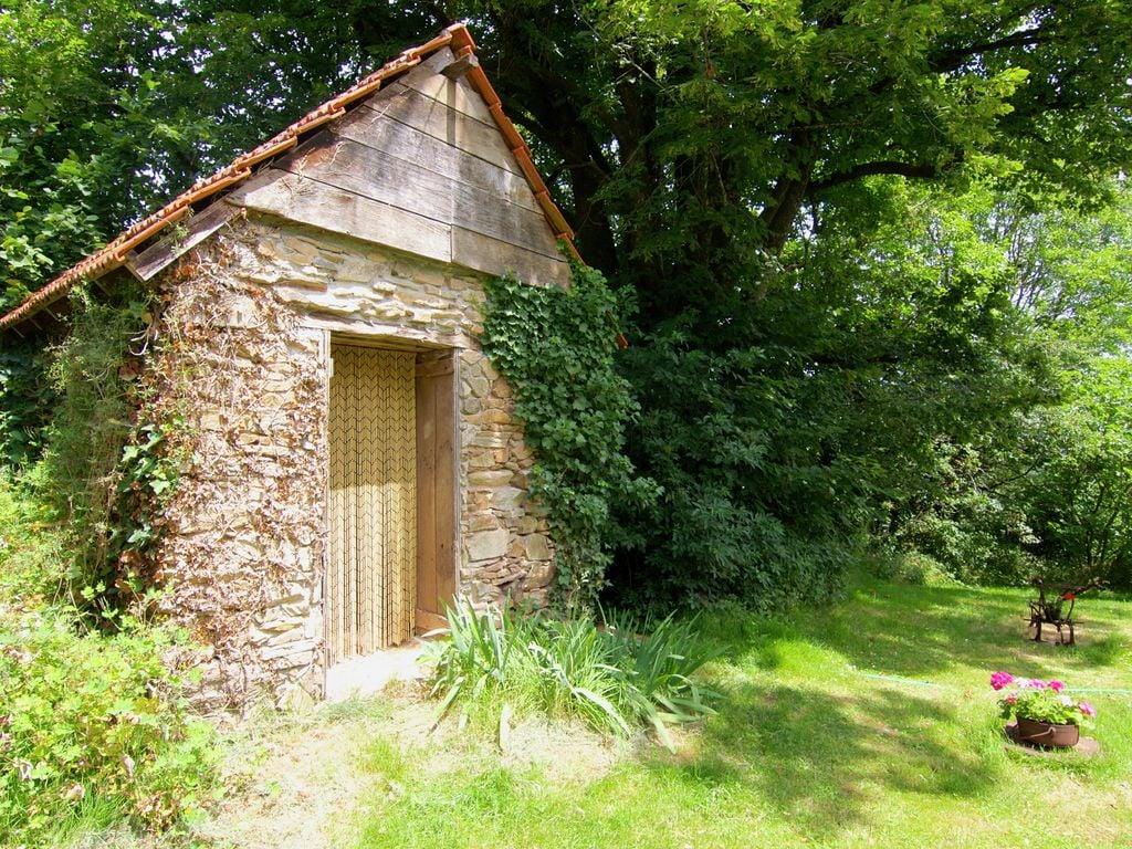 Ferienhaus Malerisches Ferienhaus in Juillac mit privatem Garten (1082951), Juillac, Corrèze, Limousin, Frankreich, Bild 16
