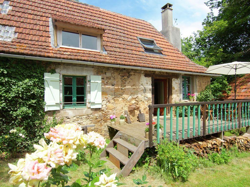 Ferienhaus Malerisches Ferienhaus in Juillac mit privatem Garten (1082951), Juillac, Corrèze, Limousin, Frankreich, Bild 9