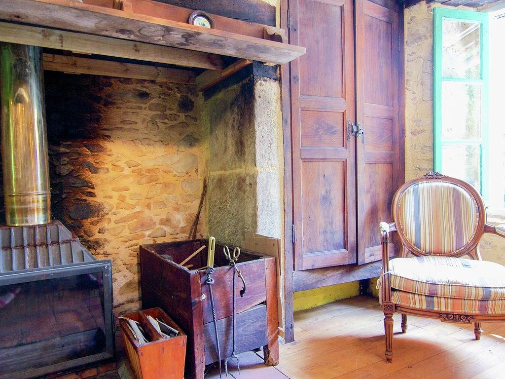 Ferienhaus Malerisches Ferienhaus in Juillac mit privatem Garten (1082951), Juillac, Corrèze, Limousin, Frankreich, Bild 25
