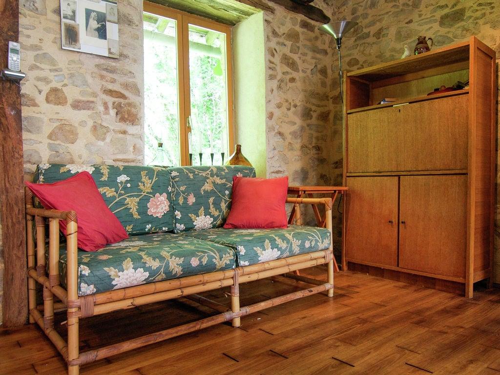 Ferienhaus Malerisches Ferienhaus in Juillac mit privatem Garten (1082951), Juillac, Corrèze, Limousin, Frankreich, Bild 26