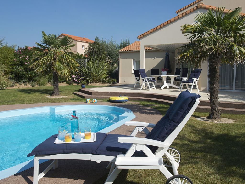 Ferienhaus Luxuriöse Villa mit Geschirrspüler, nur 800 m zum Meer (1029731), Château d'olonne, Atlantikküste Vendée, Pays de la Loire, Frankreich, Bild 21