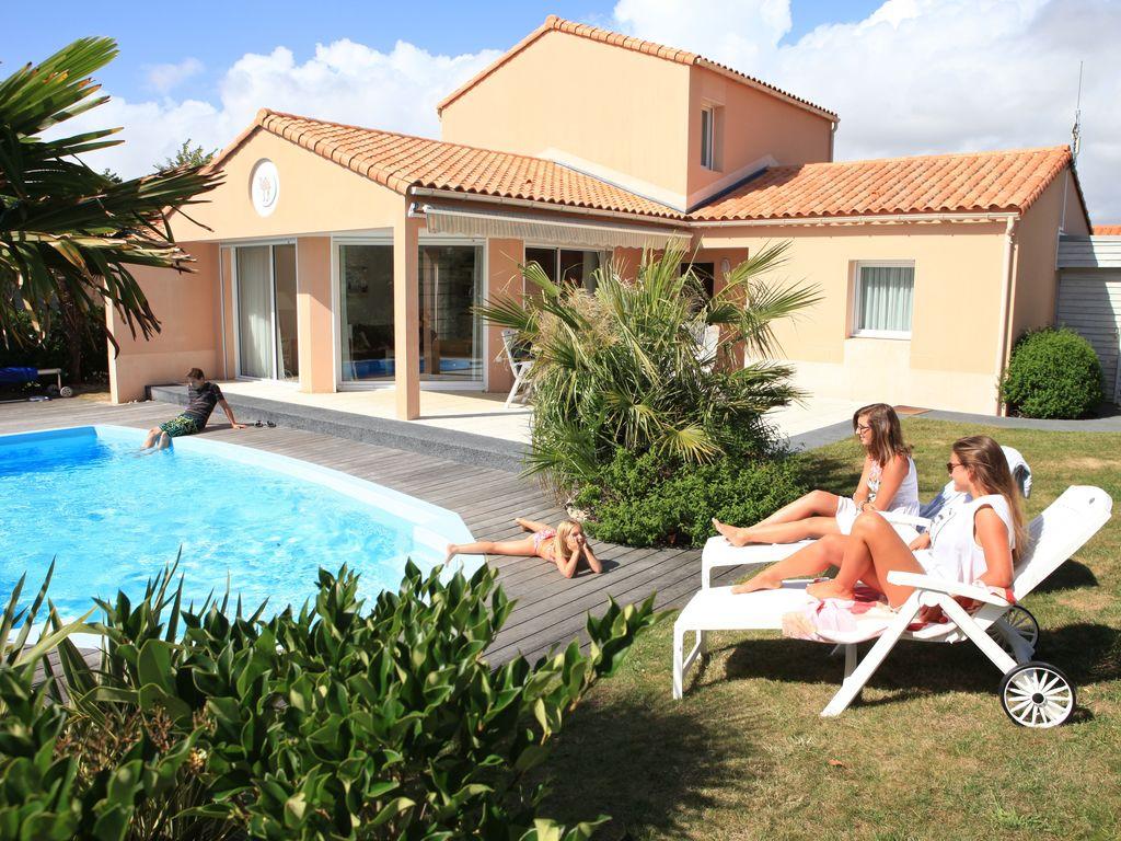 Ferienhaus Luxuriöse Villa mit Geschirrspüler, nur 800 m zum Meer (1029731), Château d'olonne, Atlantikküste Vendée, Pays de la Loire, Frankreich, Bild 2